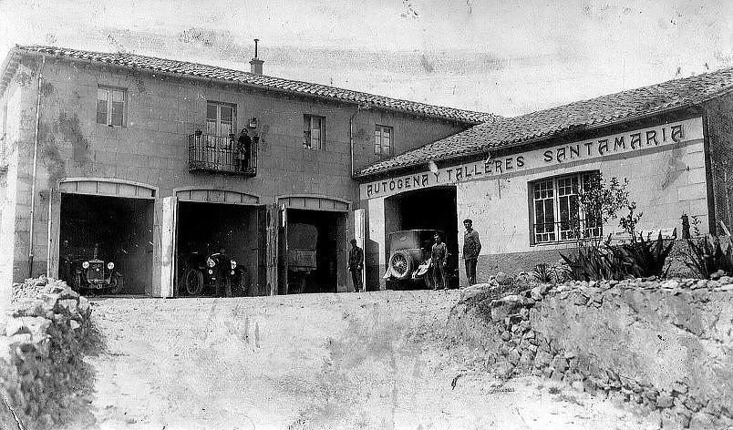 Foto de Talleres Santa María año 1960