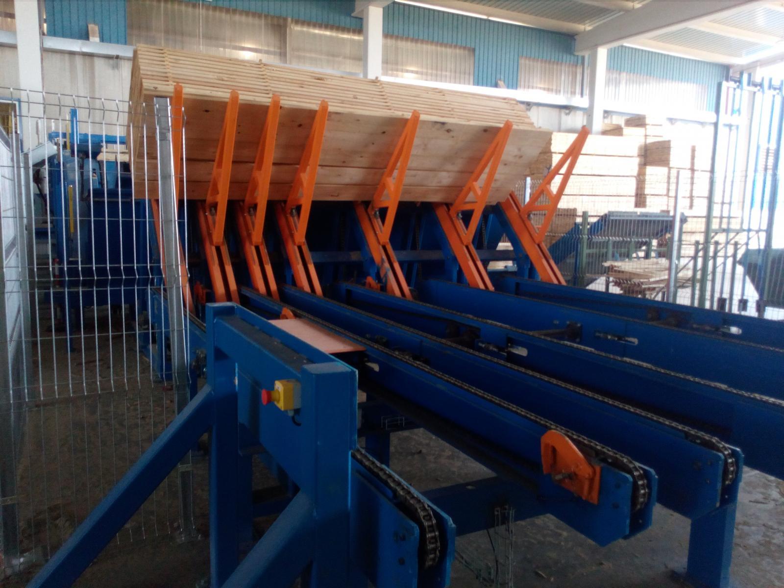 Grupo Losan: Tableros Losán (Soria) adquiere una línea autómatica de apilado y desapilado de tablas